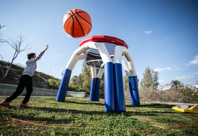 מתנפח כדורסל לאירועי ספורט ואתגר